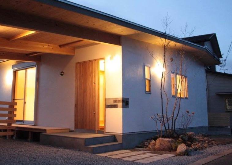 京田辺・草屋根の家|グリーンプラスガーデン タマンサリの施工事例