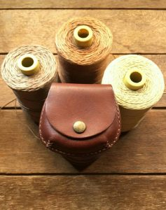 手縫い革コインケース