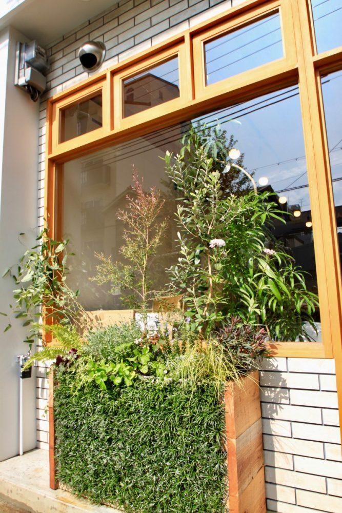 CAFE icoi | グリーンプラスガーデン タマンサリ施工事例